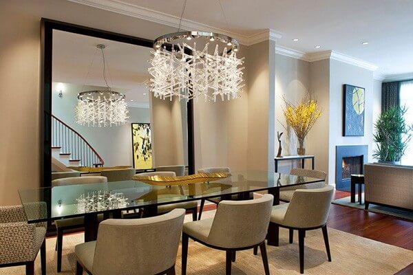 Thiết kế nội thất phòng ăn đẹp sang trọng với đèn chùm